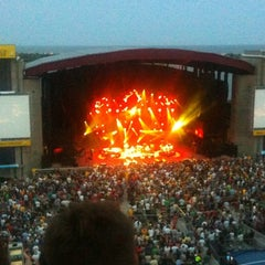 Photo taken at Nikon at Jones Beach Theater by Judah A. on 7/4/2012