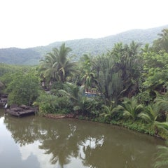 Photo taken at The Spa Koh Chang Resort by Bart L. on 5/24/2012