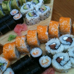 Photo taken at Sushihana by Rossana R. on 7/15/2012