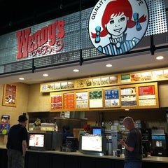 Photo taken at Wendy's by Zanna H. on 9/7/2012