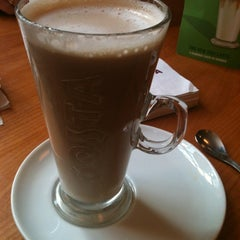Photo taken at Costa Coffee by Lisa on 8/12/2012