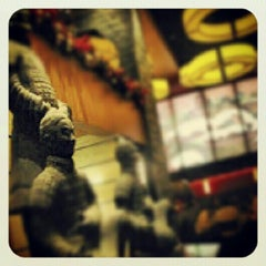 Photo taken at P.F. Chang's Asian Restaurant by Deyviid™ M. on 6/30/2012