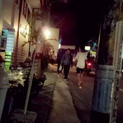 Photo taken at Pondok Pesantren Daarut Tauhiid by Roby Y. on 9/13/2012