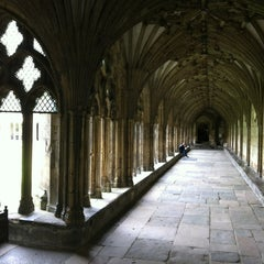 Photo taken at Canterbury Cathedral by Ritita A. on 6/15/2012