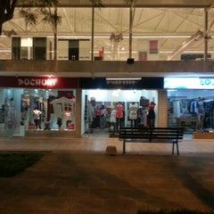 Photo taken at Hipermercado Pueblo by Guille W. on 8/9/2012