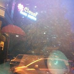 Photo taken at Clover Bakeshoppe by Halim C. on 5/5/2012
