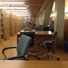 Photo taken at Science & Engineering Library by Manuel B. on 2/9/2012