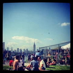 Photo taken at Brooklyn Flea - Fort Greene by Isaiah D. on 7/22/2012