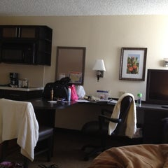 Photo taken at Candlewood Suites Las Vegas by 🍉🍓SHARRI🍓🍉 on 6/20/2012