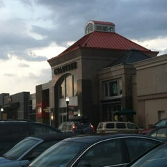 Photo taken at Crabtree Valley Mall by Elizabeth Kelly on 7/27/2012