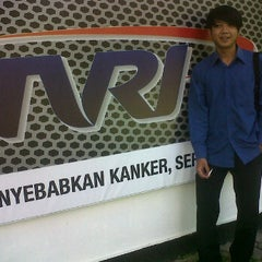 Photo taken at TVRI Jawa Barat & Banten by ricky surya q. on 5/1/2012