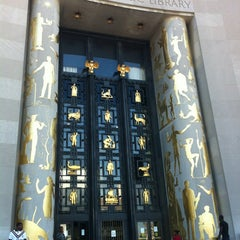 Photo taken at Brooklyn Public Library (Central Library) by Aardvark D. on 6/28/2012