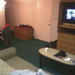 Photo taken at Brighton Suites Hotel by Christopher D. on 3/30/2012
