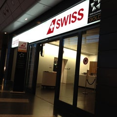 Photo taken at SWISS Business Class Lounge by Kityaporn C. on 6/26/2012