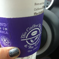 Photo taken at The Coffee Bean & Tea Leaf® by Debbie G. on 2/13/2012
