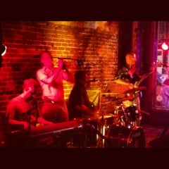 Photo taken at The Big Easy Raleigh by Sora C. on 5/26/2012