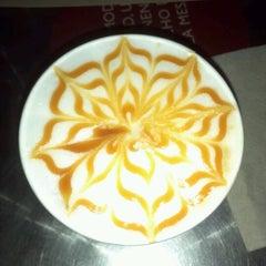 Photo taken at Juan Valdez Café by Mauricio G. on 7/11/2012