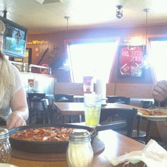 Photo taken at Pizza Hut by Rick H. on 5/27/2012