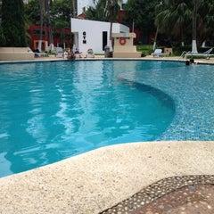 Photo taken at Hotel Quality Inn Cencali by Paulina V. on 7/19/2012