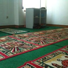 Photo taken at Kantor Pelayanan Pajak Pratama Cikarang Selatan by Henry on 7/24/2012