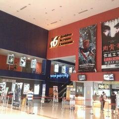Photo taken at Golden Screen Cinemas (GSC) by Farizol Z. on 8/8/2012