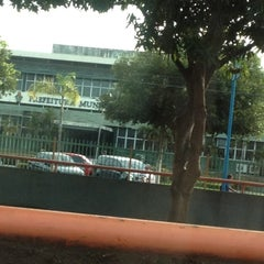 Photo taken at Prefeitura Municipal de Manaus by Layzi Alexandra S. on 5/8/2012