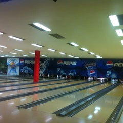 Photo taken at King Center - Go-Kart & Bowling by Fabio P. on 8/3/2012