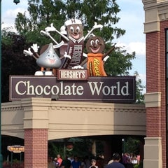 Photo taken at Hershey's Chocolate World by Joyce J. on 6/16/2012