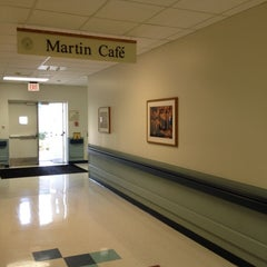 Photo taken at Martin Cafe (Chow Hall) by Matthew B. on 5/8/2012