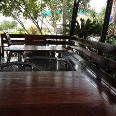 Photo taken at Café Amazon (คาเฟ่ อเมซอน) by Weeraya J. on 8/13/2012