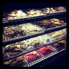 Photo taken at Vaccaro's Italian Pastry Shop by Margie H. on 6/12/2012