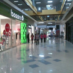 Photo taken at Plaza Central by Hamlet R. on 8/11/2012