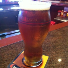 Photo taken at Red Robin Gourmet Burgers by Ed B. on 9/1/2012