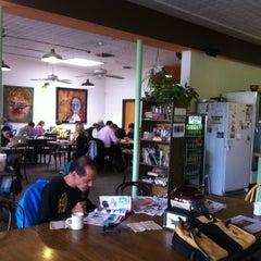 Photo taken at Winnings Coffee by Iriscia on 5/8/2012
