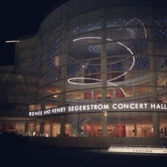 Photo taken at Renée and Henry Segerstrom Concert Hall by Joel Richard E. on 8/27/2012