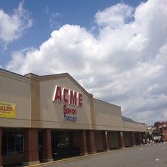 Photo taken at ACME Markets by Davis K. on 7/22/2012