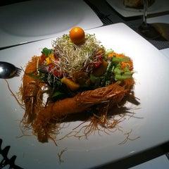 Photo taken at Restaurante Cervecería Marelli by Hector Manuel G. on 3/25/2012