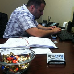 Photo taken at Rush Star Wireless Corporate by Bianca Z. on 6/11/2012