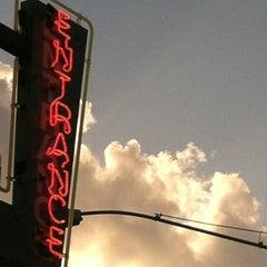 Photo taken at Threadgill's by Dynzle K. on 5/27/2012