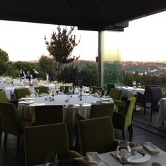 Photo taken at Sunset Grill & Bar by Layla A. on 8/29/2012