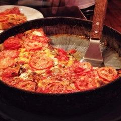 Photo taken at Lou Malnati's Pizzeria by Alex H. on 7/9/2012