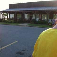 Photo taken at Cracker Barrel Old Country Store by Tonya D. on 7/10/2012