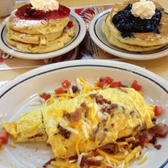 Photo taken at IHOP by Eumir M. on 7/21/2012