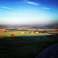 Photo taken at Dunstable Downs by Ravi J. on 9/9/2012