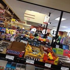 Photo taken at Giant Eagle Supermarket by Scott W. on 6/12/2012