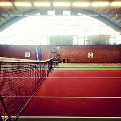 Photo taken at Kronprinsens Tennishall & Tenniscenter by Martin T. on 9/12/2012