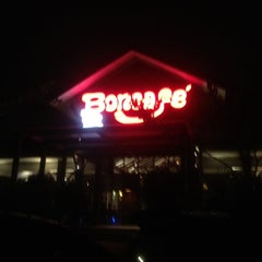 Photo taken at Boncafe by Marihni L. on 5/7/2012