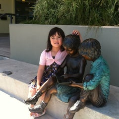 Photo taken at Redwood Shores Branch Library by Marcus K. on 5/12/2012