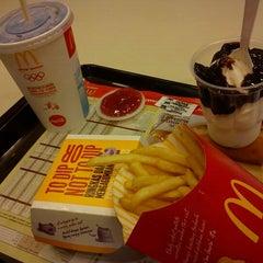 Photo taken at McDonald's & McCafe by nurffit on 8/17/2012