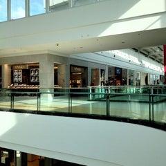 Photo taken at Shopping São José by Ricardo B. on 5/22/2012